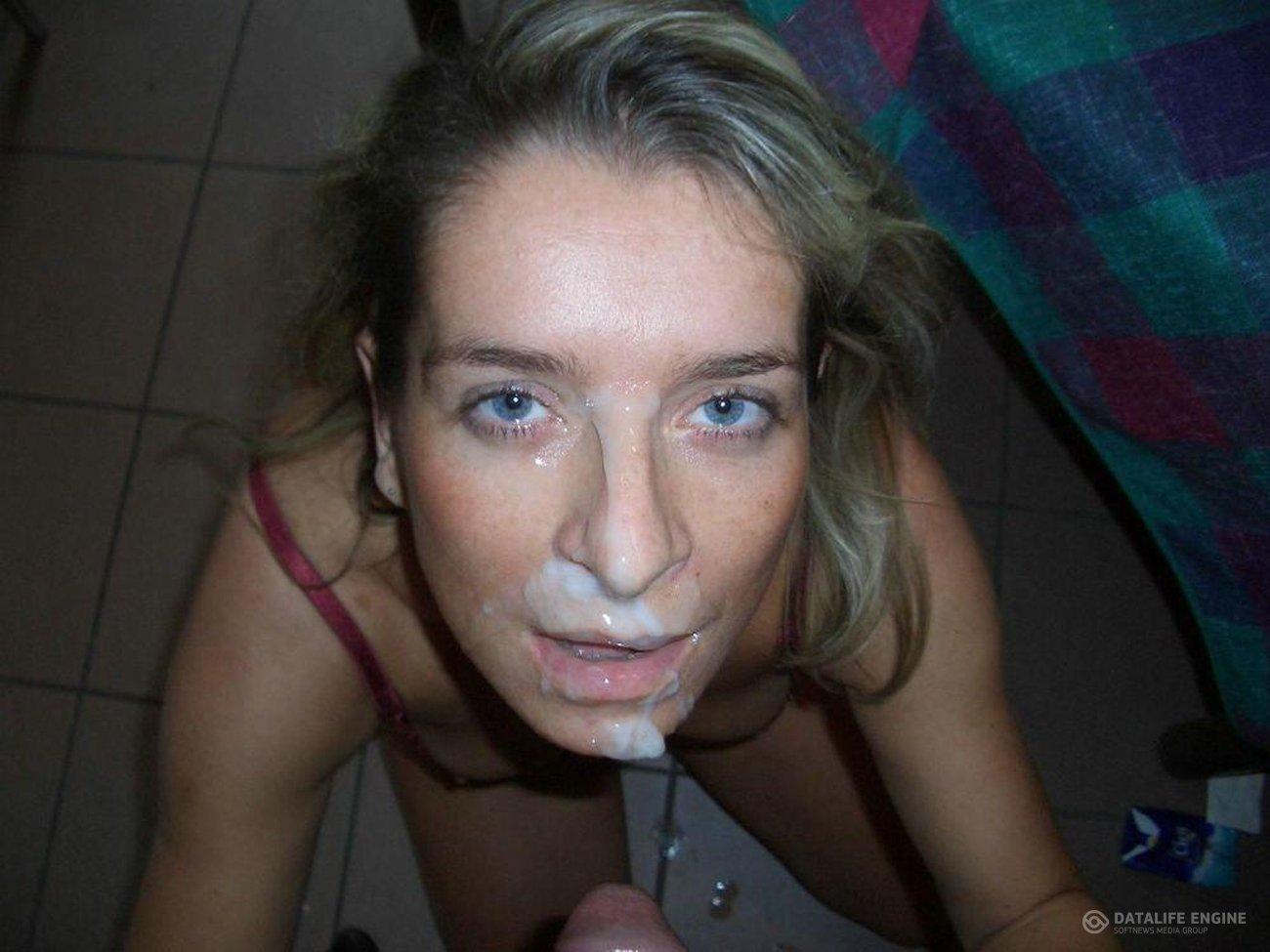 Сперма в лицо на улице, Гуляют со спермой на лице - видео Yo-Sex 3 фотография