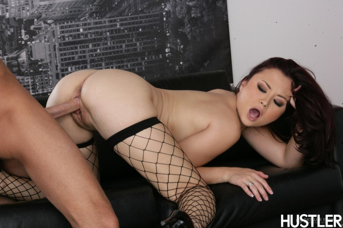 Порно онлайн молоденькой азиатки