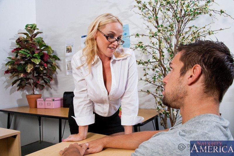 Смотреть порно училка в классе