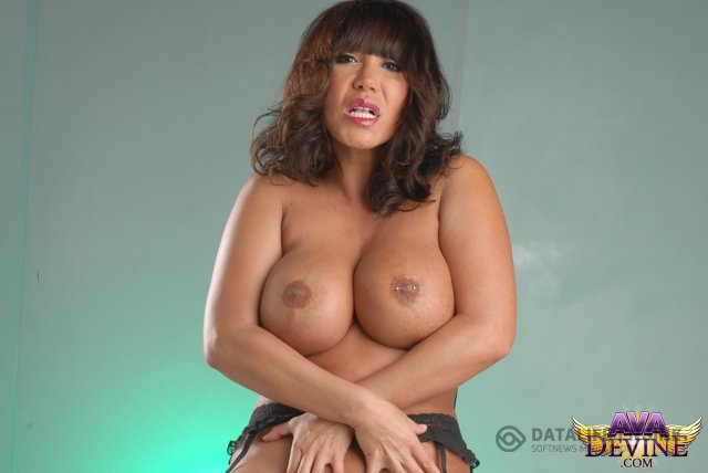 Asian Lady Ava Devine Unleashes Her Big Tits That Sport Pier Xxxstreams Eu 1