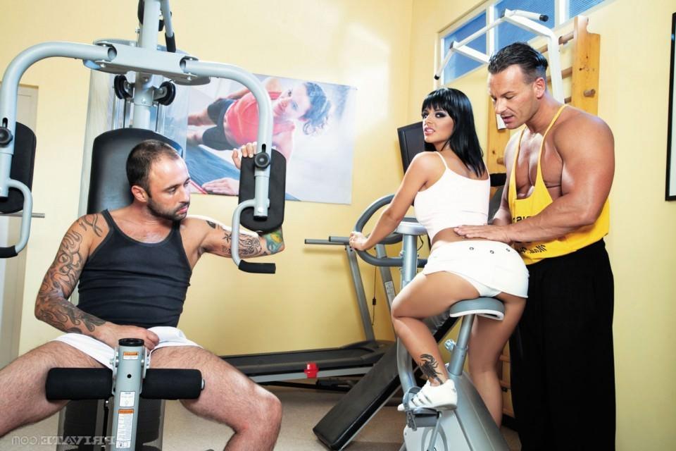 Есть ли интим в фитнес центрах