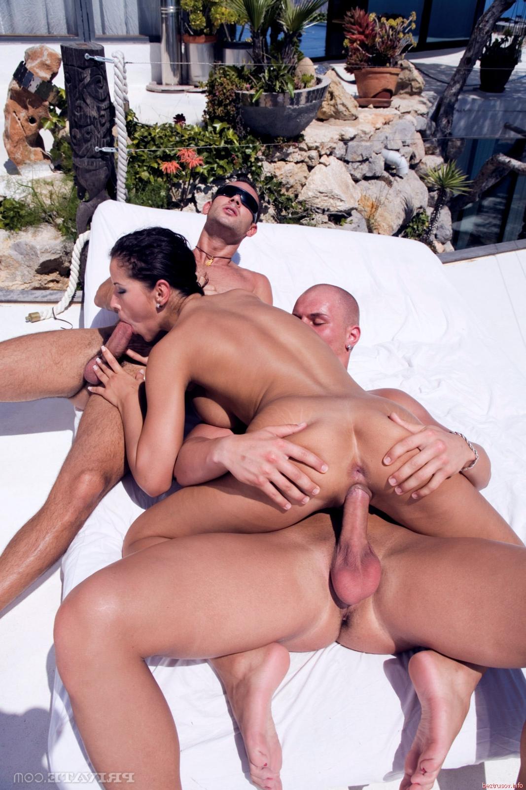 отдых на вилле порно