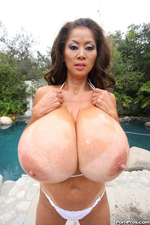 Сучки с большими сисками зрелые порно