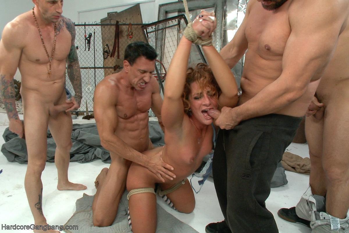 мужики жестко трахаются порно