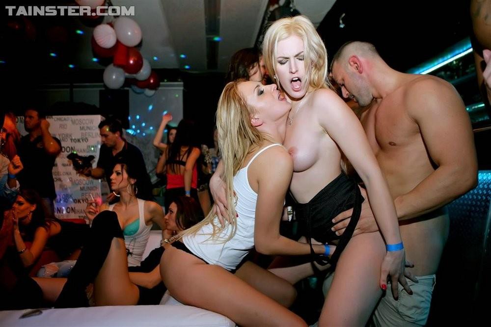 Секс пьяных подруг — photo 3