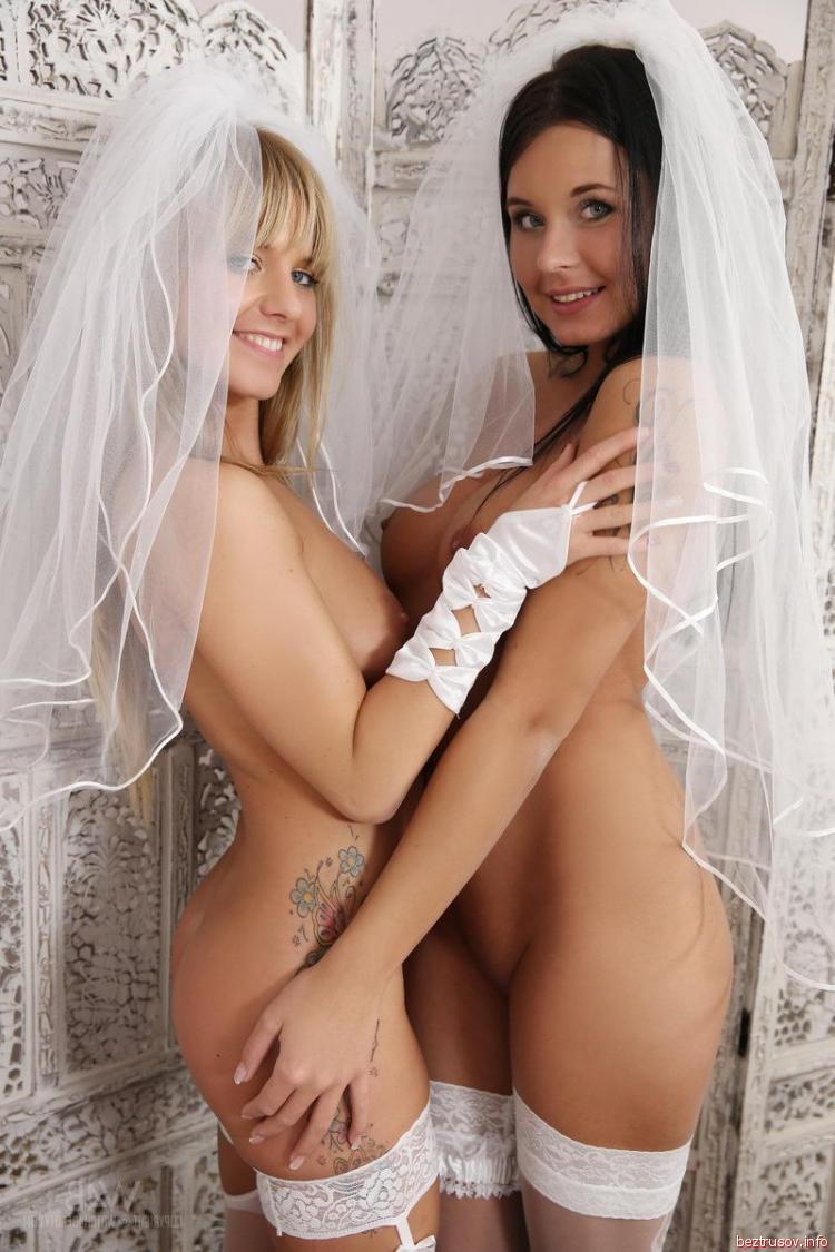 Свадебное подсматривание интим, дрочит в машине онлайн