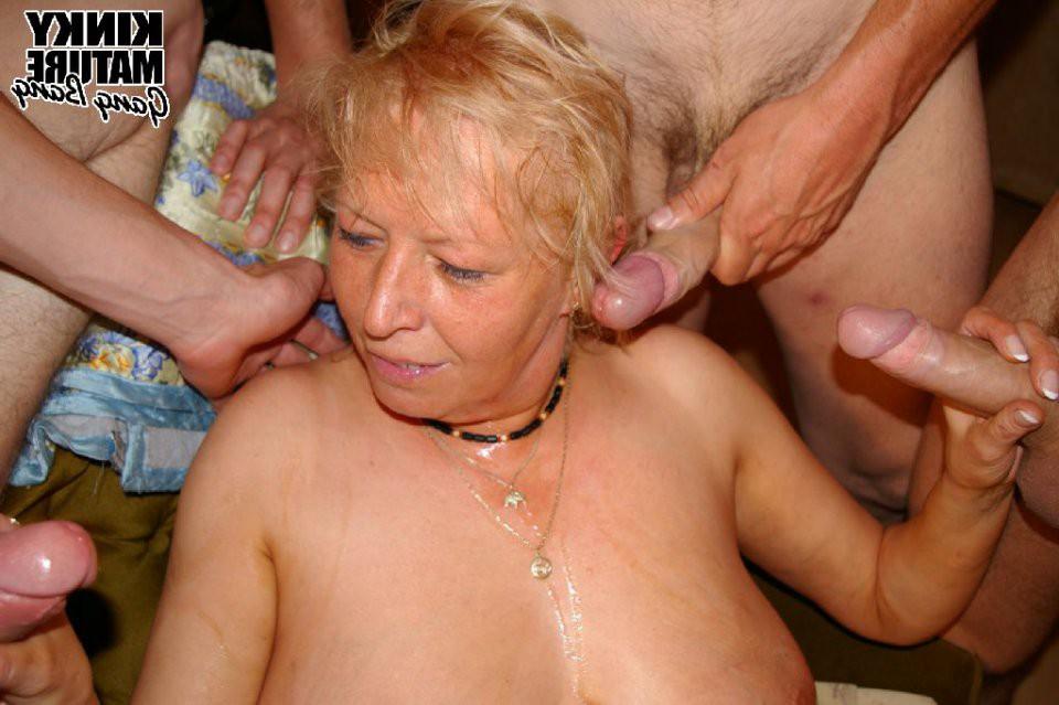 фото в фото старая порно груповухе