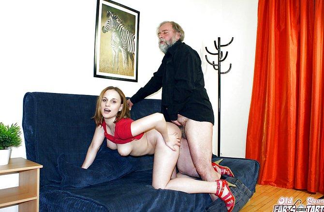 Порно дедушка имеет дочку с внучкой