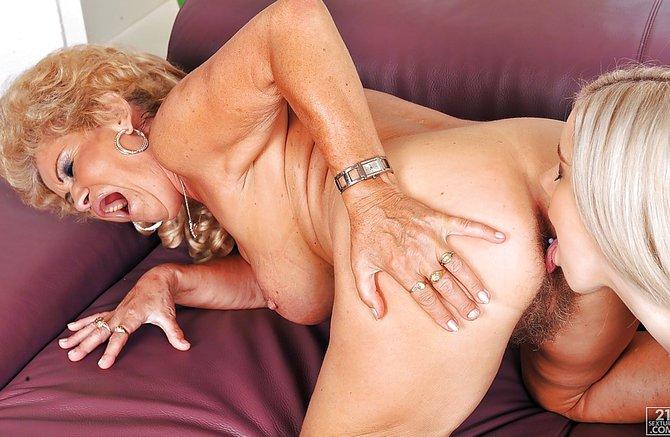 топик порно про женский струйный оргазм что аж падают Вами согласен