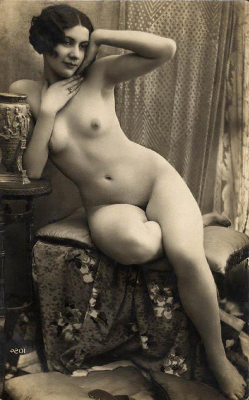 архив эротических фотографий демонстрируют