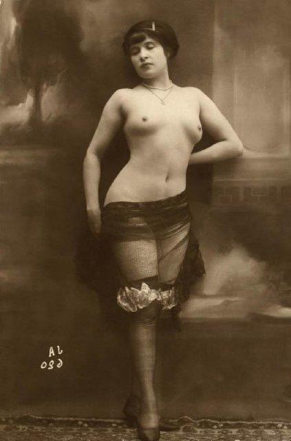 shikarnie-dami-retro-porno-din-din-vse-chasti
