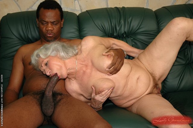 Старухи голые фотки порно